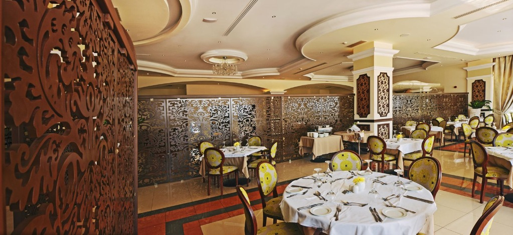 501_La_Marquise_Da_Vinci_Main_Restaurant_VIP_Section_2