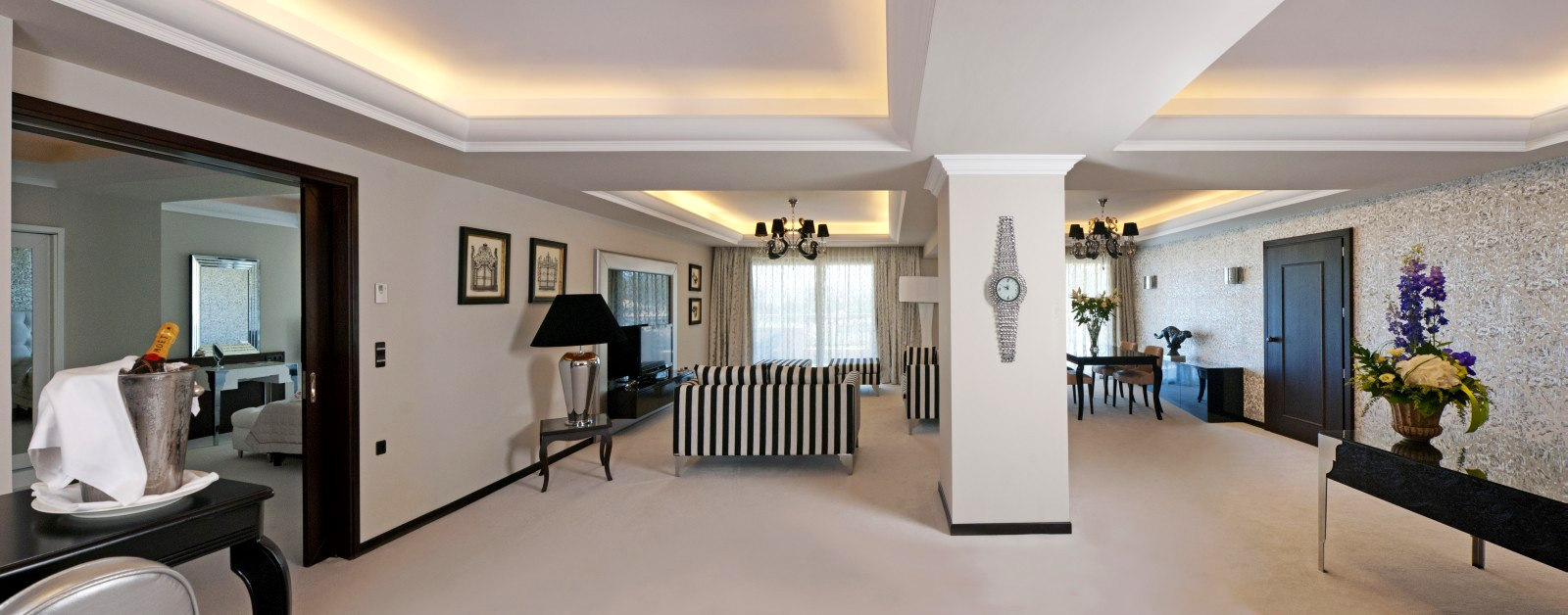 PRESIDENTIAL_SUITE_PANORAMIC_VIEW
