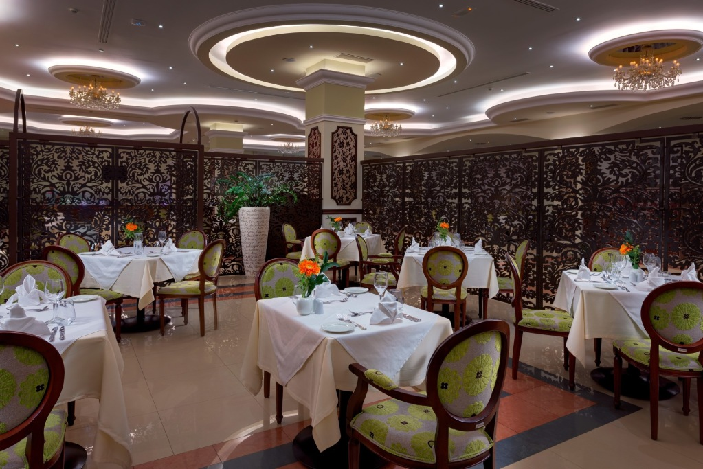 06_La_Marquise_Da_Vinci_Main_Restaurant_VIP_Section